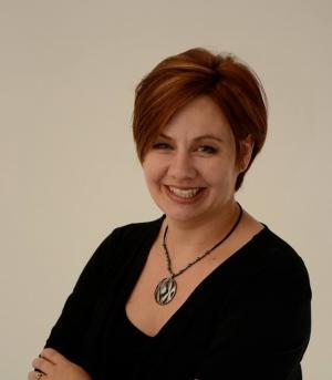 Rachel Hutchings headshot